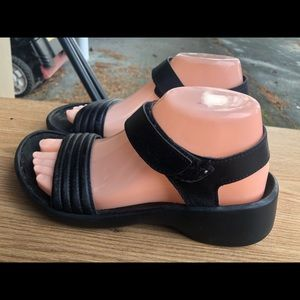 Tatami Black Women's Leather Sport Sandals Size 7
